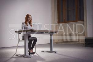 Výškově nastavitelné psací, pracovní, kancelářské, počítačové PC stoly sit2stand